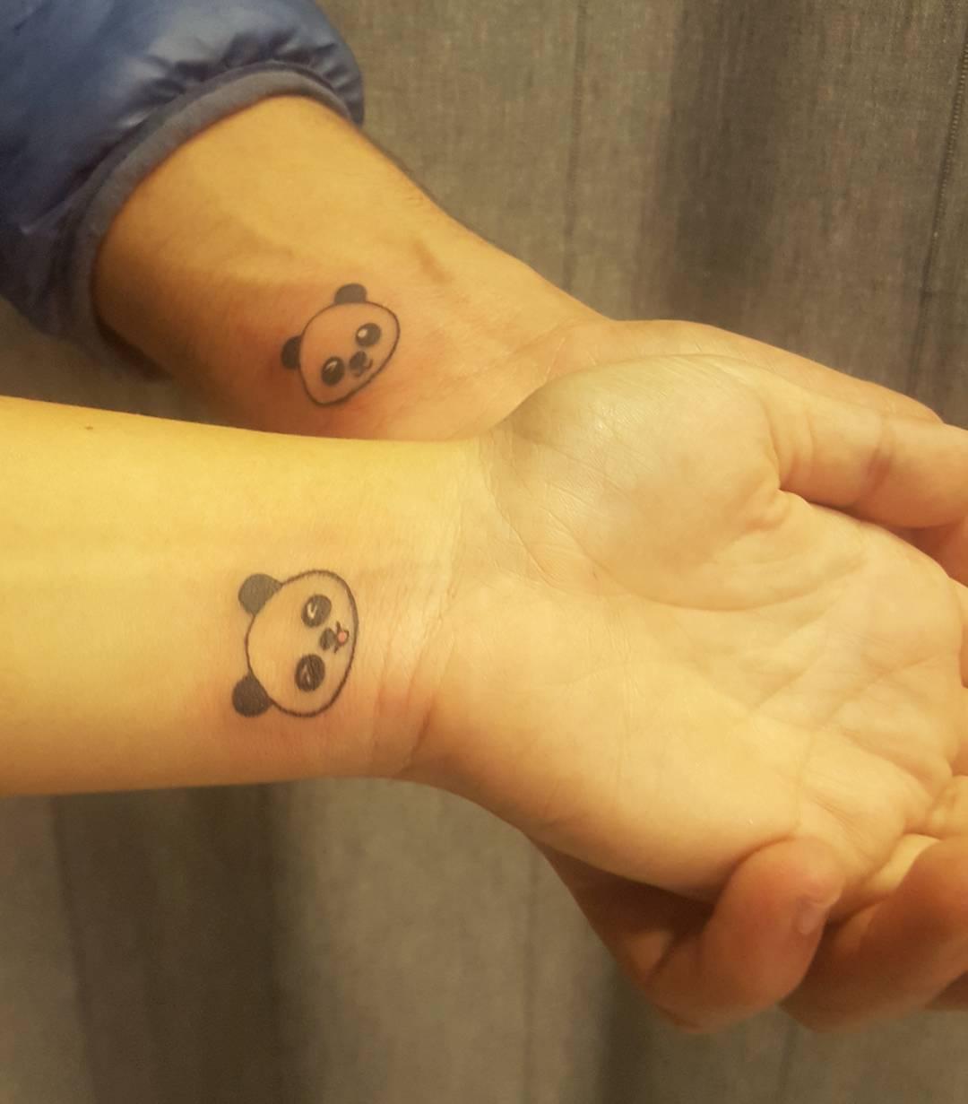 范先生手腕小清新熊猫情侣纹身图案
